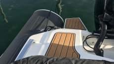 Rib deck seadek