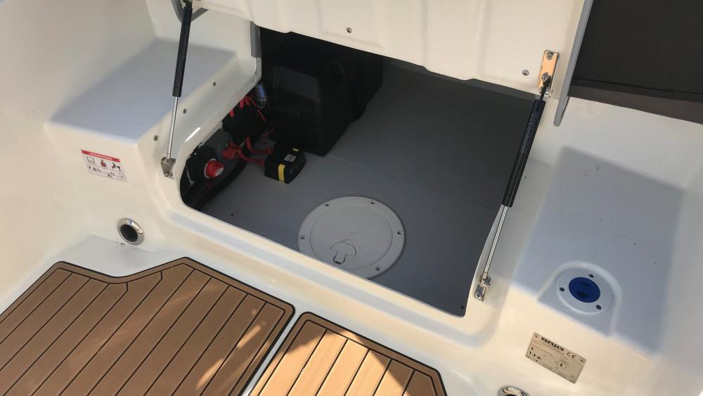 Stauraum festrumpfschlauchboot sitzbank