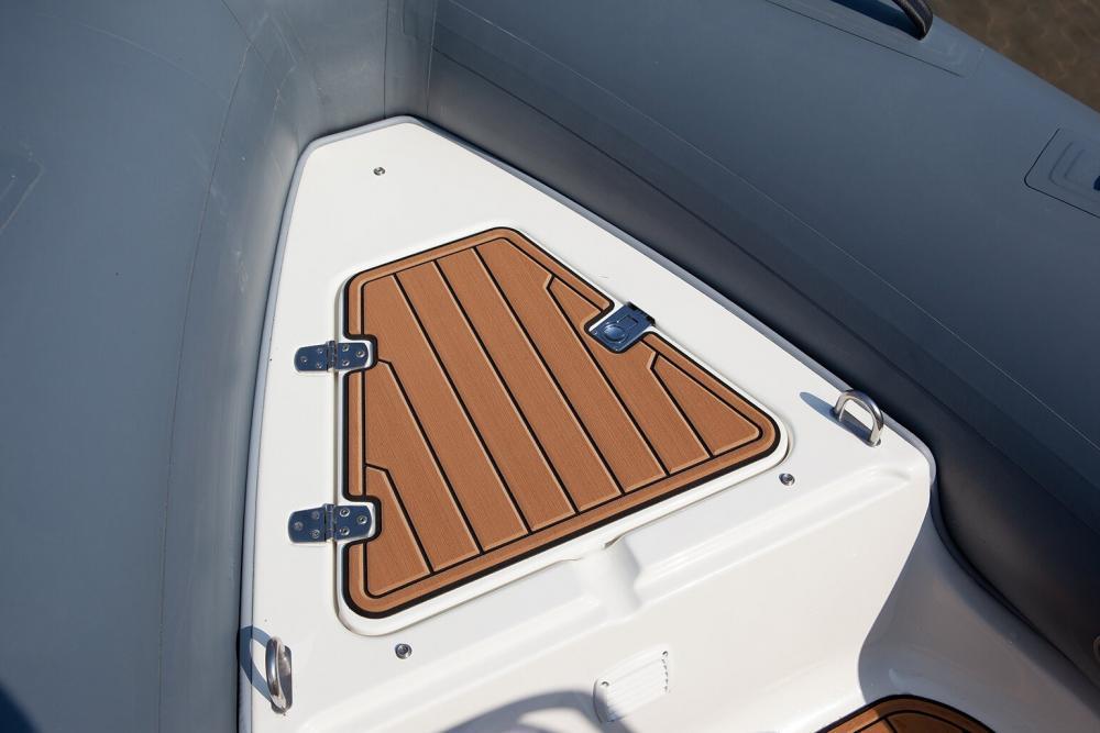 Boot mit stauraum schlauchboot