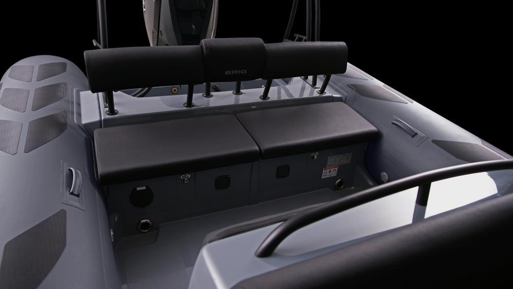 Brig festrumpfschlauchboot navigator